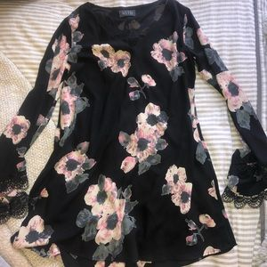 ASTR Flare Sleeve Floral Dress